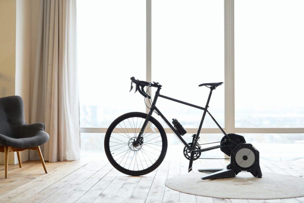 les avantages de faire du vélo d'appartement tous les jours